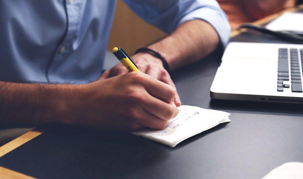 Come prendere le decisioni migliori per la tua attività professionale